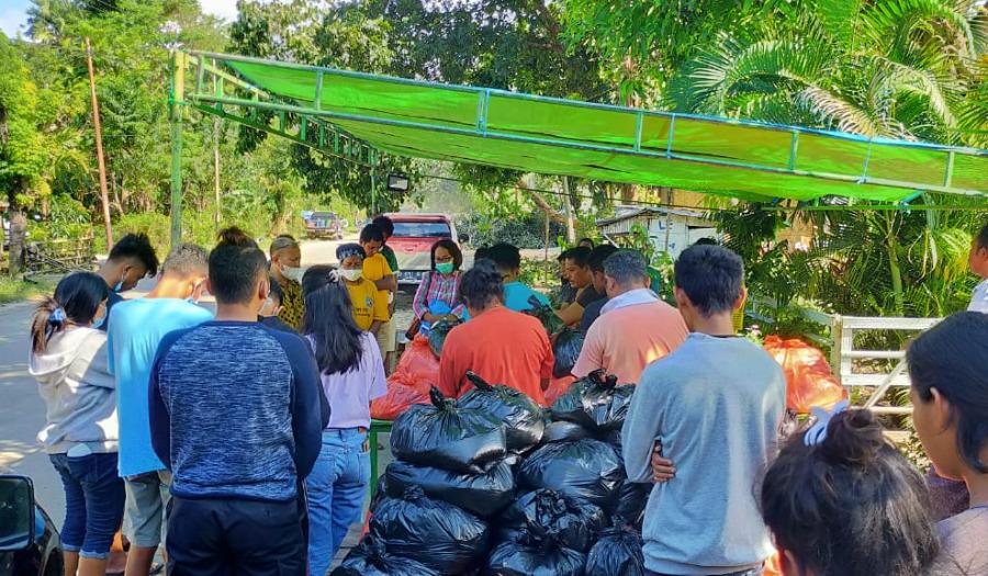 Noodhulp na cycloon Indonesië in beeld