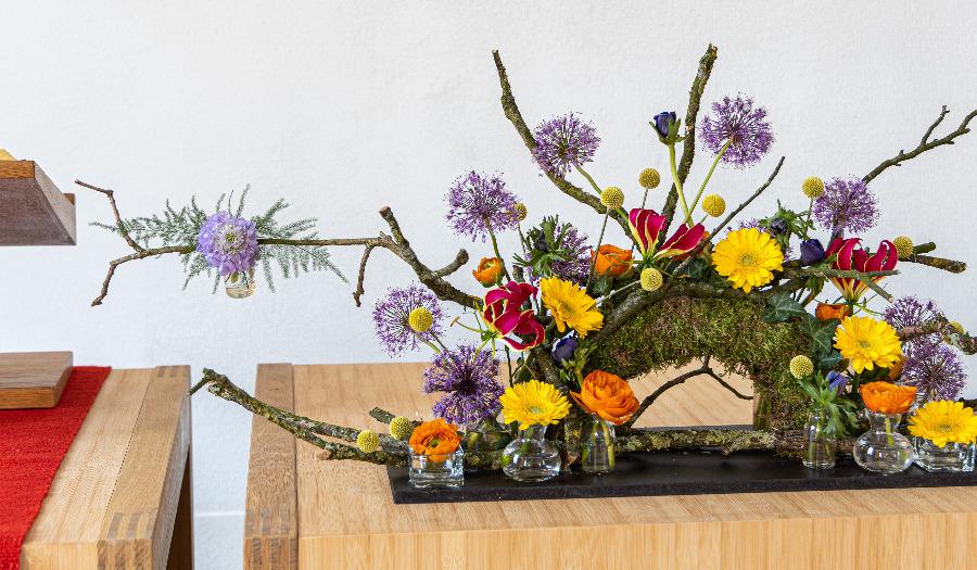 Nieuw: bloemschikking 'Feest van de Hoop' voor Pinksteren