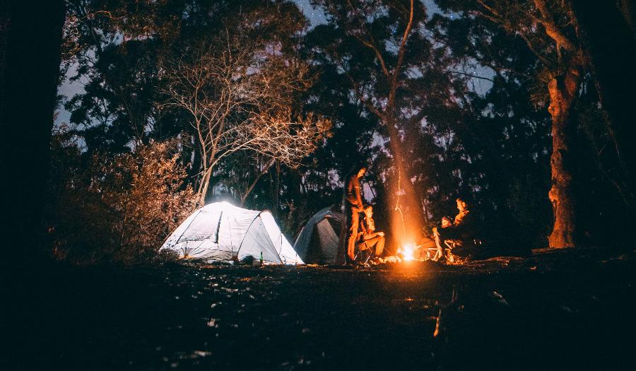 Organiseer een sponsoractie tentenkamp met de tieners in je gemeente!